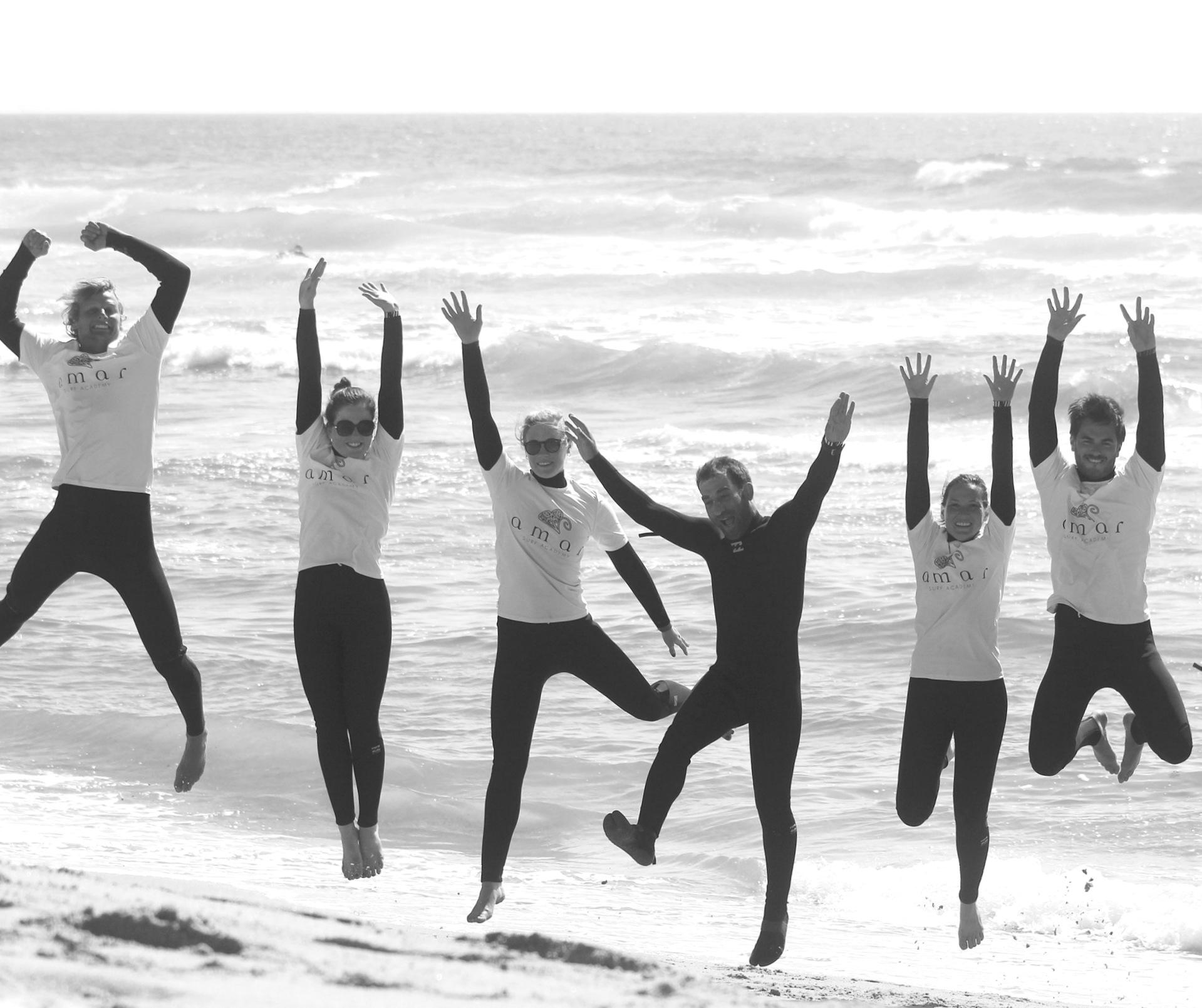 Amar Surf STUDENT TRIPS